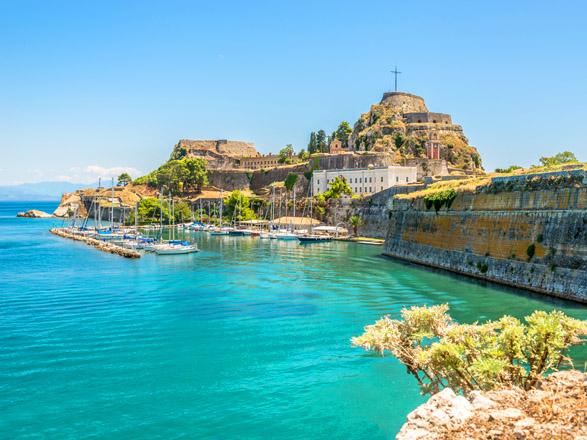 Partir en croisière pour visiter la Grèce